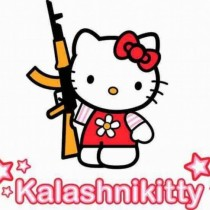 Kalashnikitty, Hello Kitty armada hasta los dientes