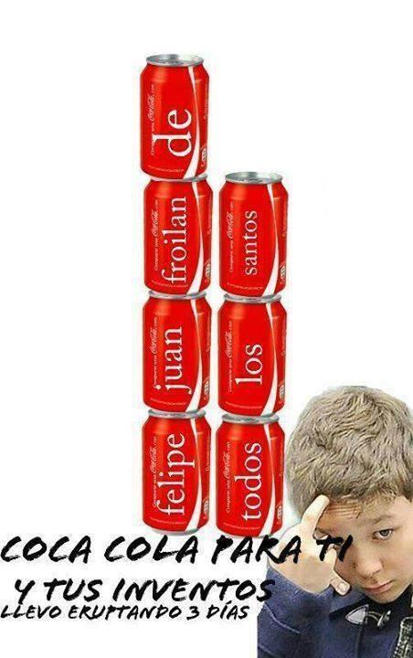 Froilán buscando una lata de Coca Cola con su nombre