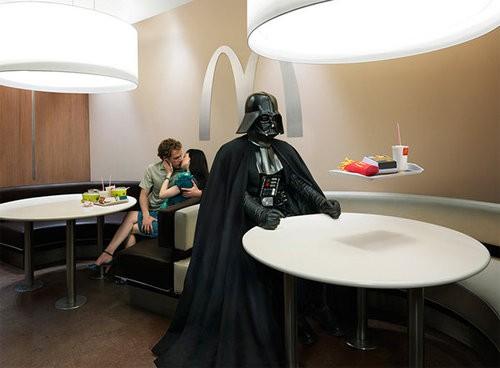 Darth Vader en el McDonald's