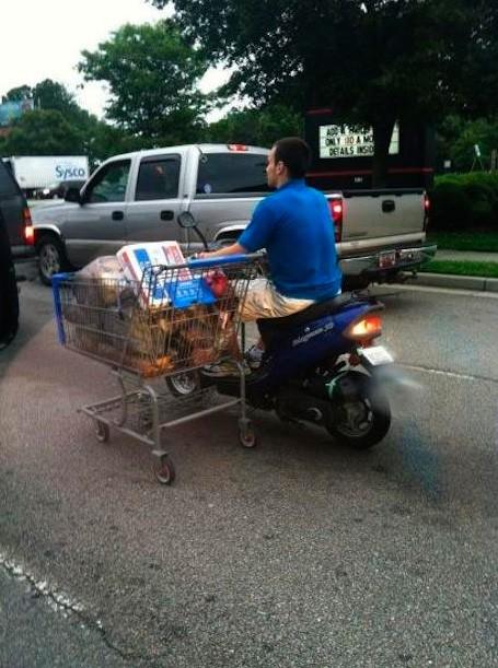 Como ir a la compra en moto