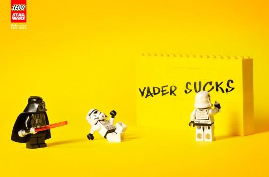 Legos de Star Wars haciendo un graffiti
