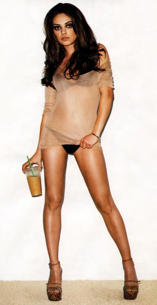 Mila Kunis en ropa interior