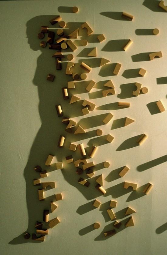 Silueta de mujer con sombras