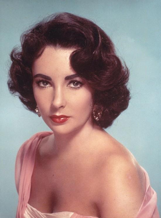 Elizabeth Taylor: La mujer de los ojos violeta MITOS DEL CINE