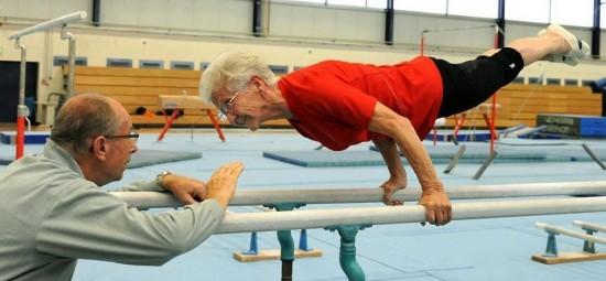 Abuela gimnasta