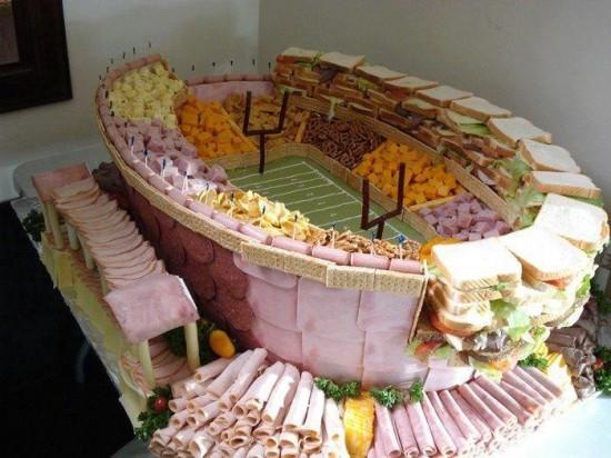 Estadio realizado con comida