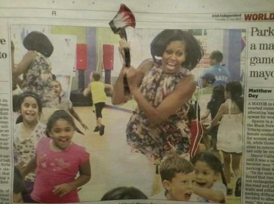 Michelle Obama persiguiendo niños