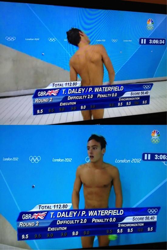 Parece que está desnudo