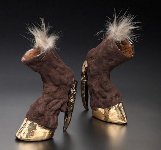 Zapatos increíbles (II)
