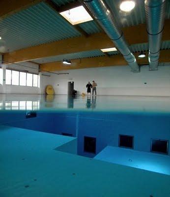 La piscina m s profunda del mundo for Piscina mas profunda del mundo