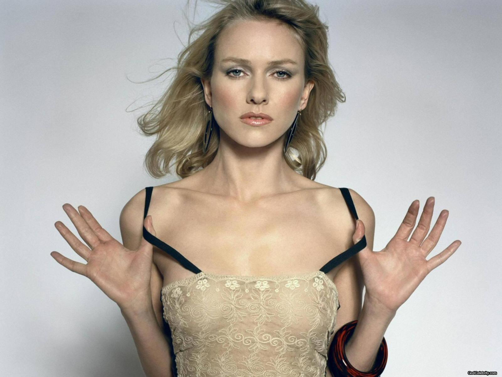 nakne norske kjendiser sophie elise naked